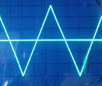 ad9833 triangle wave 1kHz on oscilloscope